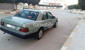 Mercedes-Benz 250 Occasion 1986 Diesel 260000Km Nador #63492 plein