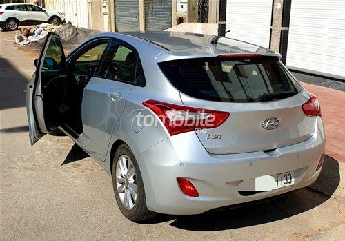 Voiture Hyundai I30 2014 à rabat  Diesel  - 6 chevaux