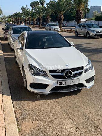 Voiture Mercedes benz Classe e 2014 à rabat  Diesel  - 9 chevaux