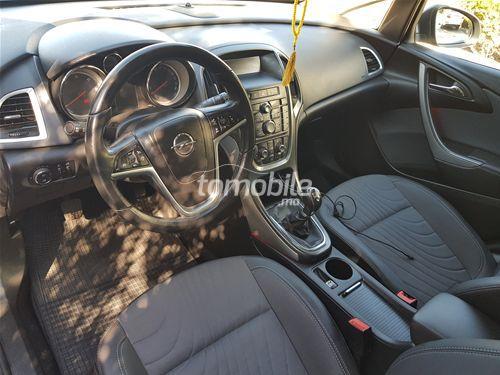 Voiture Opel Astra 2013 à rabat  Diesel  - 7 chevaux