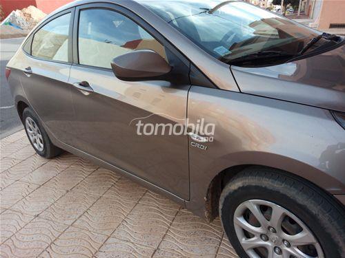 Voiture Hyundai Accent 2012 à tiznit  Diesel  - 6 chevaux