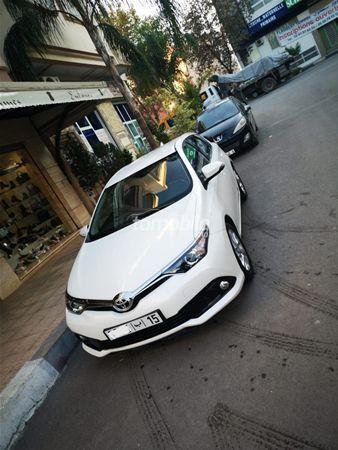 Voiture Toyota Auris 2015 à tanger  Diesel  - 5 chevaux