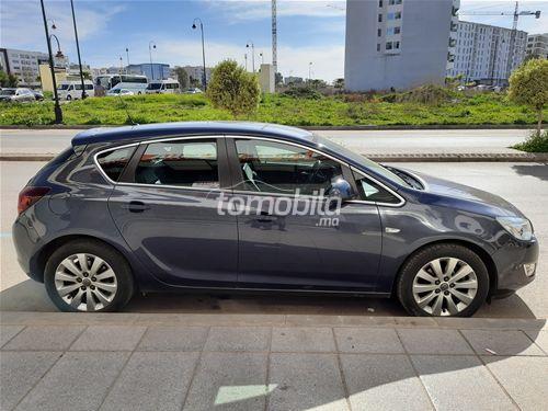 Voiture Opel Astra 2011 à fès  Diesel  - 7 chevaux